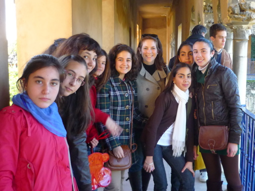 Cat and her students at the Royal Palaces of Sevilla