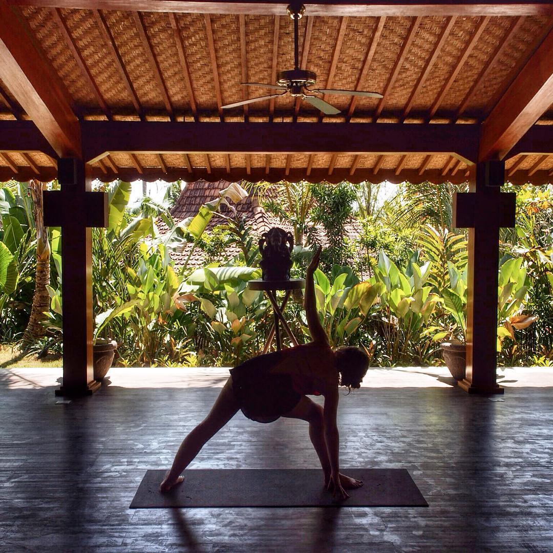 Yoga at Koumune