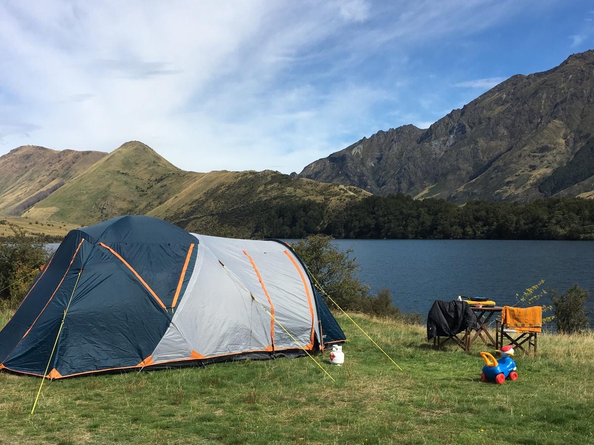 Lakefront Camping at Moke Lake
